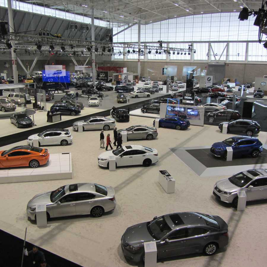 Take a peek at some of the cars, vans, crossovers, hybrids, light trucks and sport utilities on display Jan. 15 through 19.