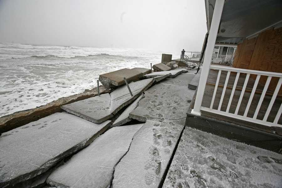 Several homes along the coast in Marshfield during the blizzard on Tuesday, January 27, 2015.