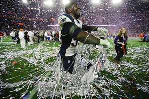 New England Patriots defensive end Chandler Jones (95) celebrates.