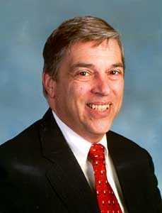 Robert Hanssen -- Former senior FBI agent. Pleaded guilty to espionage for passing classified information to the Soviet Union and later to Russia over a 20-year period.