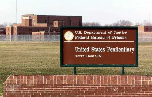 The United States Penitentiary, Terre Haute houses a Special Confinement Unit for male federal inmates who have been sentenced to death.