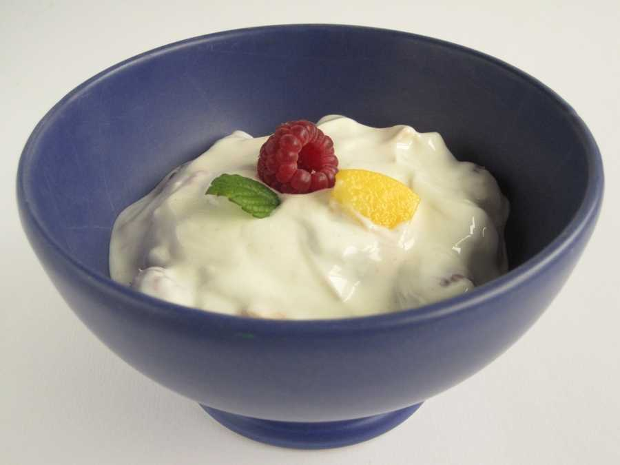 Yogurt: Research shows that stress cam inflame gastrointestinal conditions, and that probiotics found in yogurt can reduce brain activity in areas that control emotions including stress.