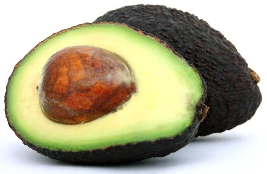 Eating half an avocado with a meal has shown to reduce hunger by up to 40 percent for three hours following the meal. Avocados will help make you feel more full, and less likely to reach for an unhealthy snack.