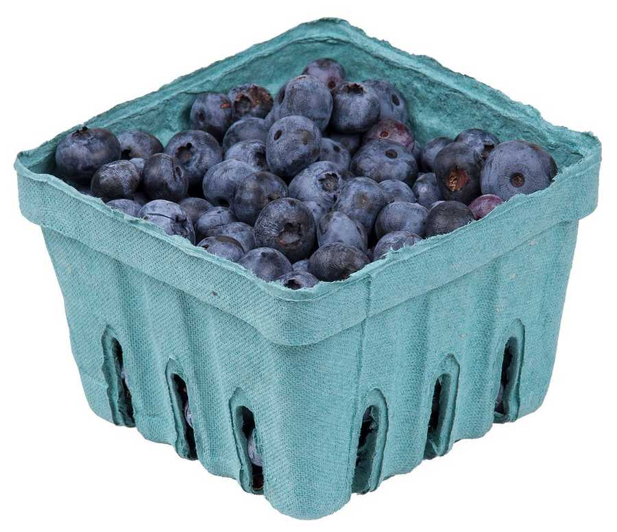 Frozen blueberries: Frozen blueberries are a refreshing way to end your day if you find yourself hungry late at night. Because frozen blueberries are flash frozen at peak ripeness, they have the same high amounts of antioxidants as their fresh counterparts.