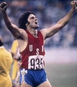 Jenner won a gold medal in thedecathlonand set a world record at the 1976 SummerOlympics in Montreal.