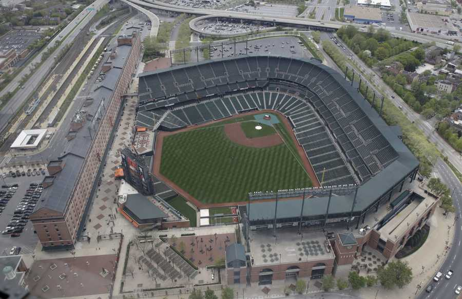 Wednesday's game between the Baltimore Orioles and Chicago White Sox game was played in an empty Oriole Park at Camden Yards amid unrest in Baltimore over the death of Freddie Gray at the hands of police.