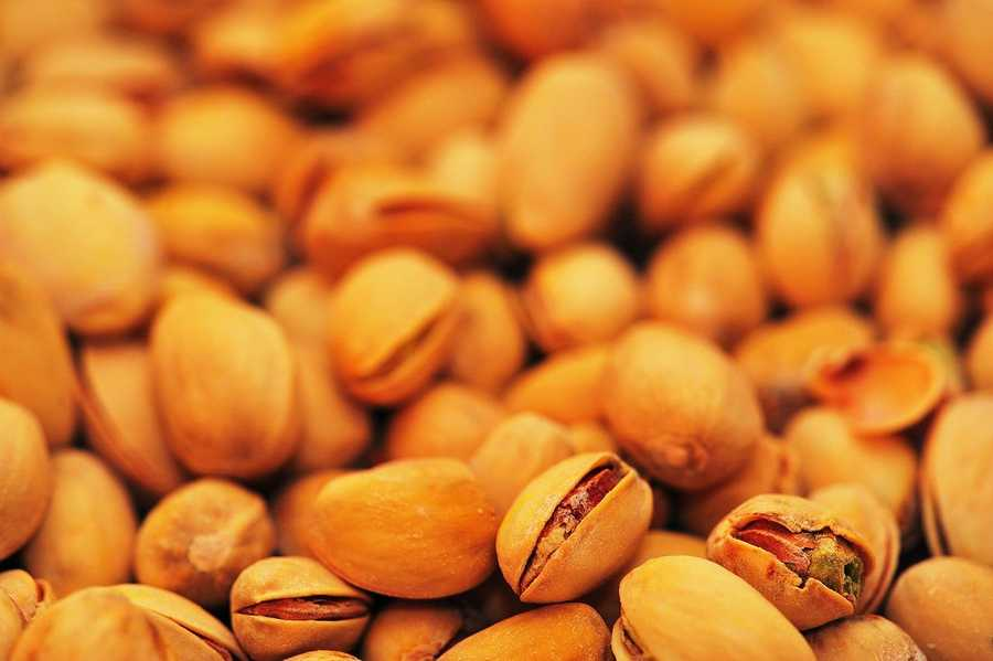 Pistachios: Despite being a high-calorie snack, pistachios and other nuts can help fight off hunger. Nuts like pistachios keep you fuller longer, and those calories aren't fully absorbed by the body.