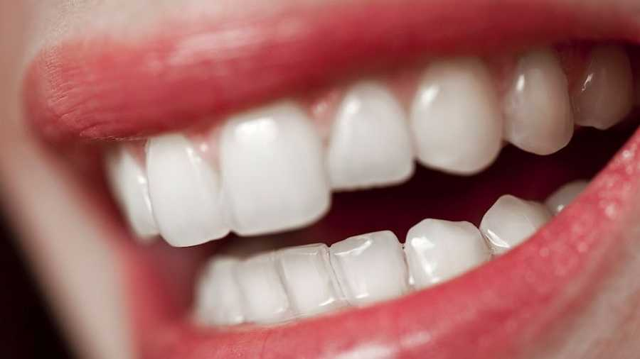 Losing your teeth: Teeth represent health matters. It can be a warning not to neglect health issues.