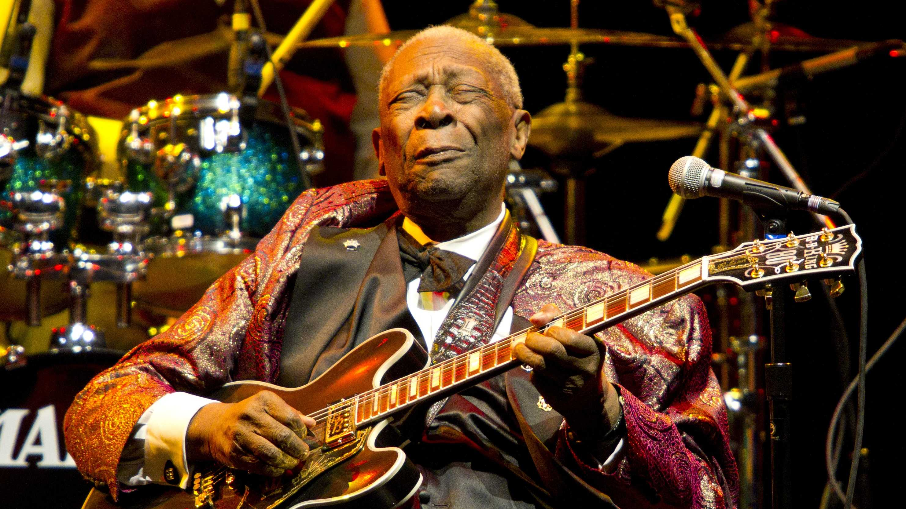 B.B. King's scorching guitar licks and heartfelt vocals made him the idol of generations of musicians and fans while earning him the nickname King of the Blues. For most of a career spanning nearly 70 years, King was a mentor to scores of guitarists, who included Eric Clapton, Otis Rush, Buddy Guy, Jimi Hendrix, John Mayall and Keith Richards. (September 16, 1925 – May 14, 2015)
