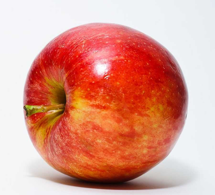 Apples with tahini: Apples contain phyto-nutrients, which help fight depression and stress.