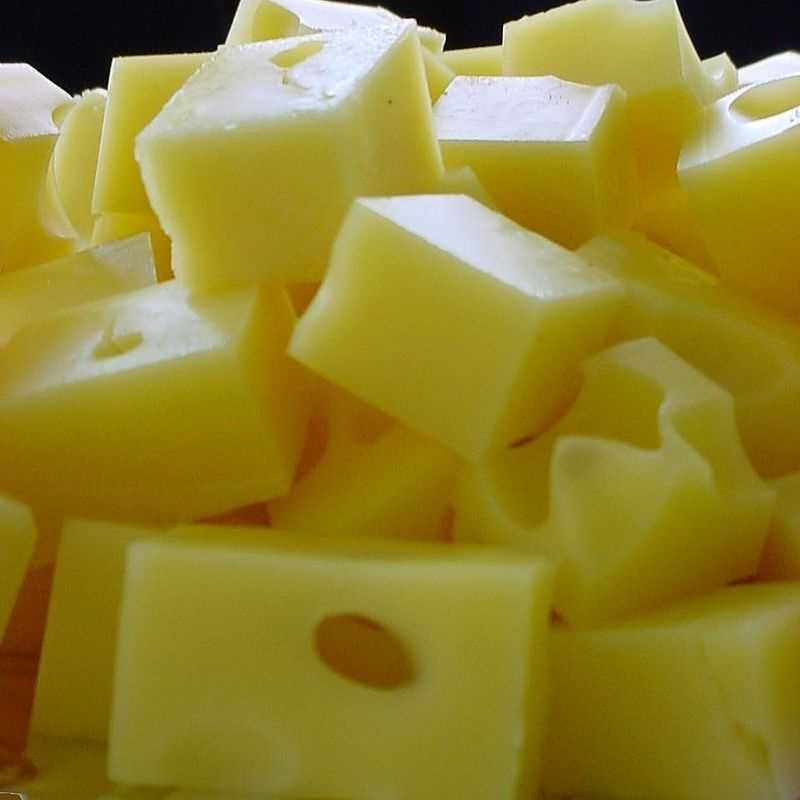 Slice up some cheese to go with your vegetables to alleviate anxiety. Calcium found in cheese helps improve nerve function and acts as a relaxant.