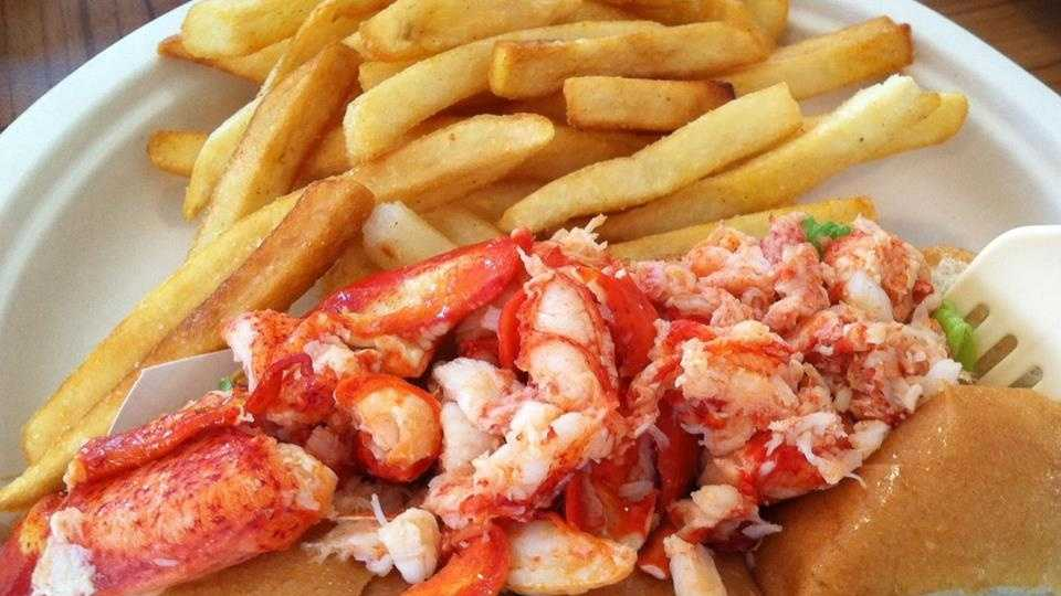 "Your Choice: It's ""Lobsta"" roll season! We asked for your favorite places to grab a lobster roll and here are your picks!"