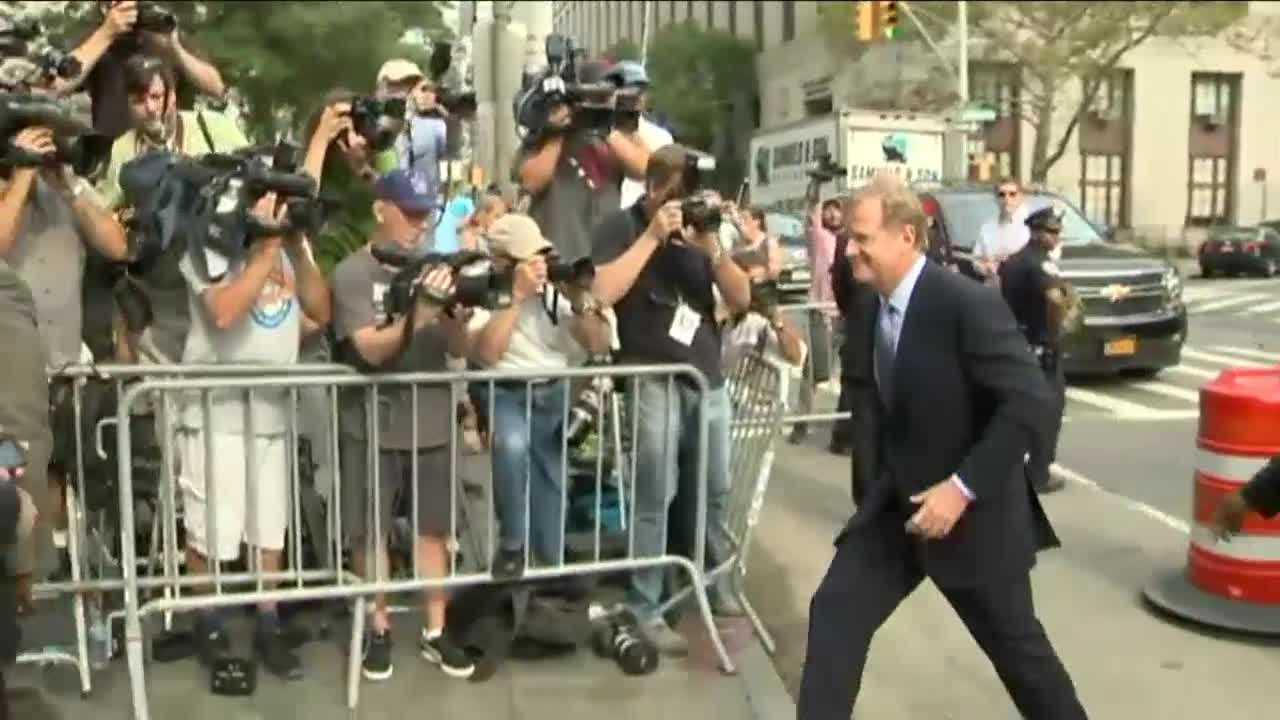 "NFL Commissioner Roger Goodell and New England Patriots quarterback Tom Brady have arrived early for a court appearance in New York for the ""Deflategate"" case."
