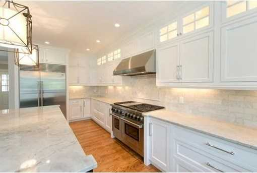Acustom kitchen and butler's pantry with professional appliances