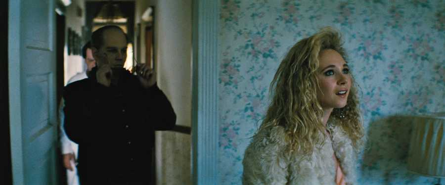 "(L-r) JOHNNY DEPP as Whitey Bulger and JUNO TEMPLE as Deborah Hussey in the drama ""BLACK MASS,"" a presentation of Warner Bros. Pictures in association with Cross Creek Pictures and RatPac-Dune Entertainment, released by Warner Bros. Pictures."