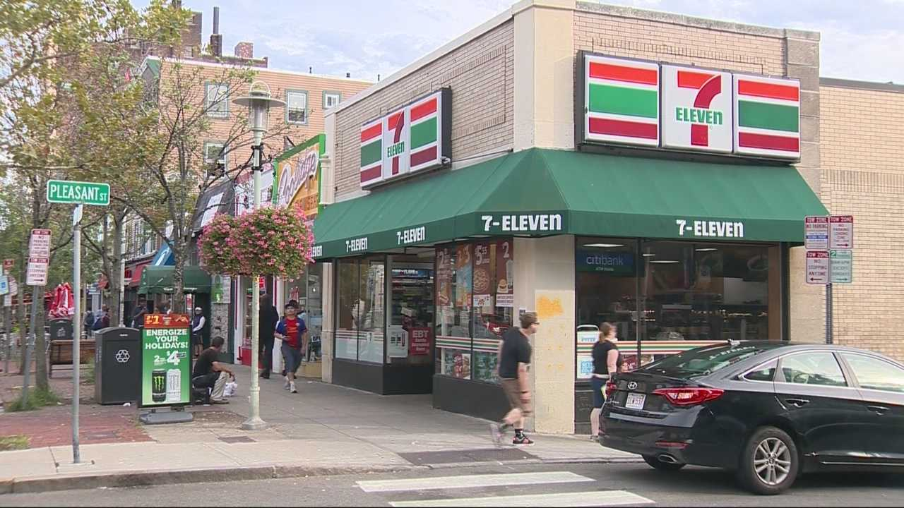 A man died after he was stabbed outside of a 7-11 early Saturday morning.