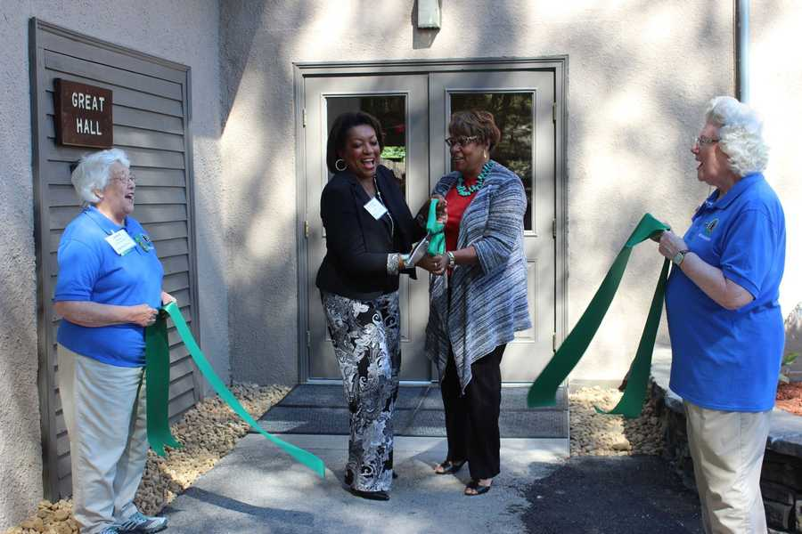WCVB Director of Community Affairs Karen Holmes Ward and Blue Cross Blue Shield MA IT Senior Director Stephanie Browne.