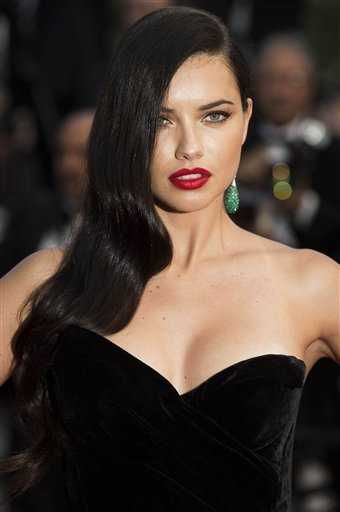 #3. Adriana LimaEarnings: $9 million