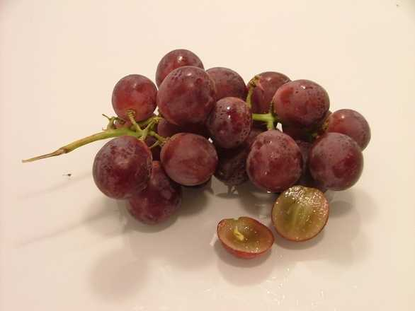 5.) Grapes and raisons