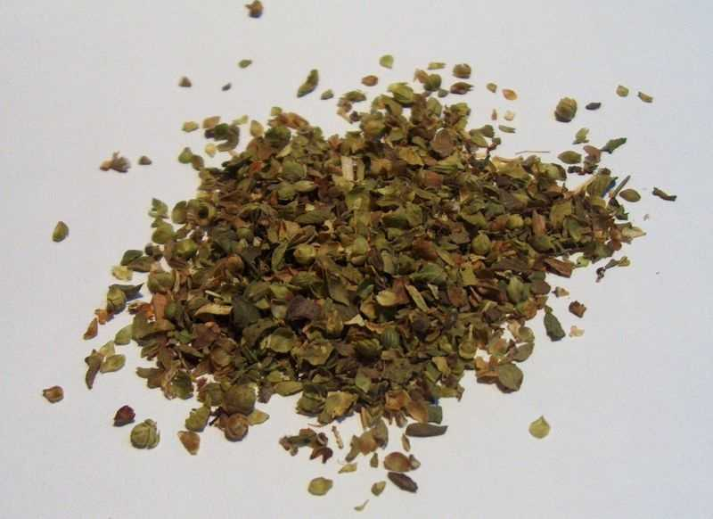Oregano is another herb that can protect you during cold and flu season and contain potent antioxidants.