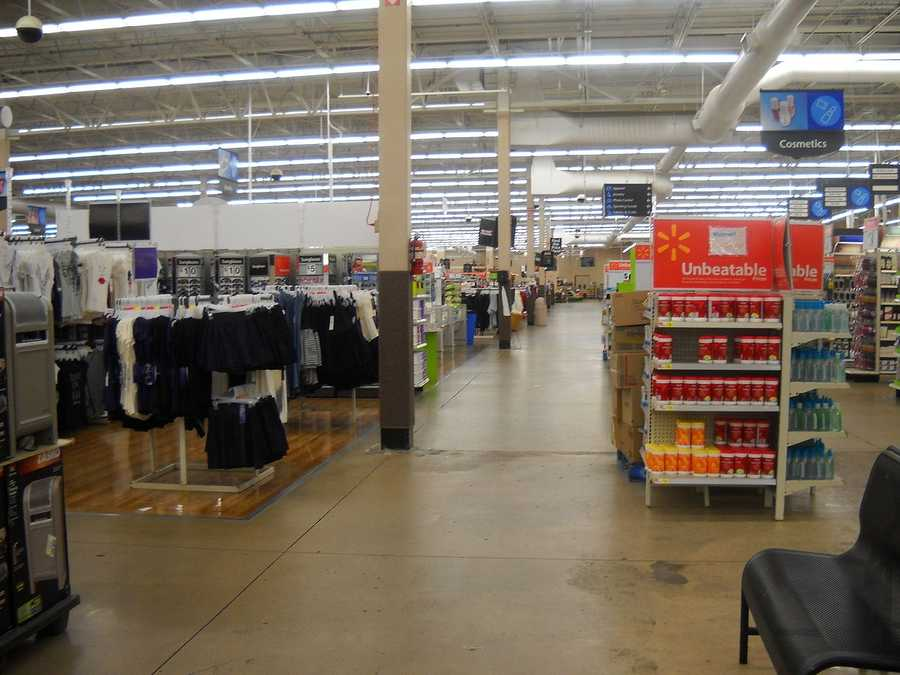 Walmart -- 90 days most items. For purchases made from November 1 on, 15 days (PCs, cameras, GPS, more), 30 days (mowers, a/c, more) but count days starting December 26.