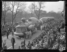 1940 (Approximate): Christmas parade on Beacon Street.
