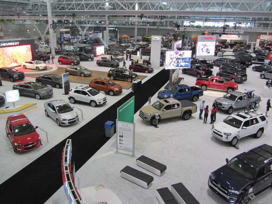 Take a peek at some of the cars, vans, crossovers, hybrids, light trucks and sport utilities on display Jan. 14 through 18.