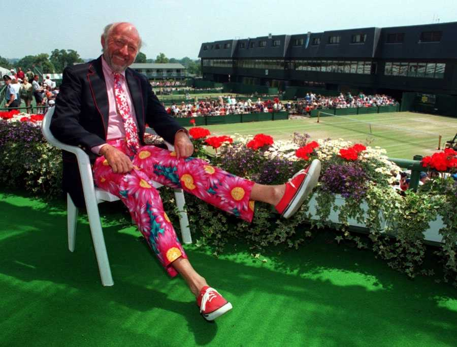 Bud Collins, a tennis columnist and sportscaster from Massachusetts, died on March 4, at the age of 86.