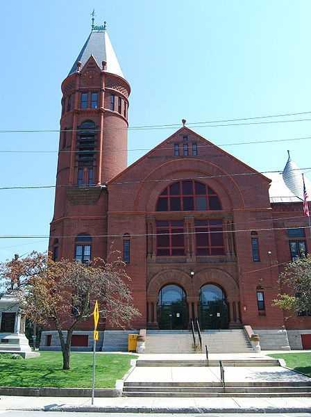 Southbridge poverty estimate: 16.8%, according to theCensus Bureau's American Community Survey 5-Year Estimates