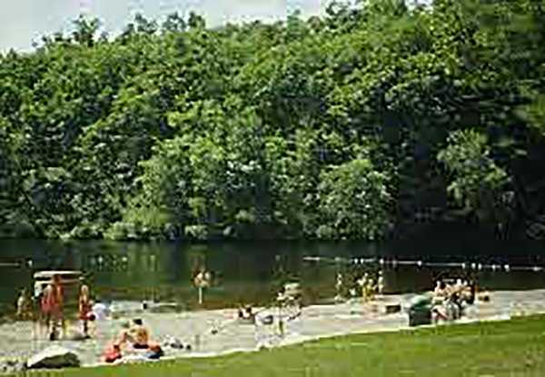 Ashland State Park: If you're looking for more than just hiking, Ashland State Park offers swimming, fishing, and picnicking opportunities. Location:162 W Union St, Ashland, MA 01721