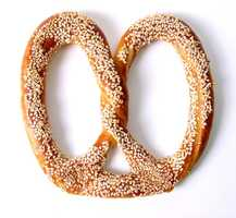 A salted pretzel has 770 mg of sodium.