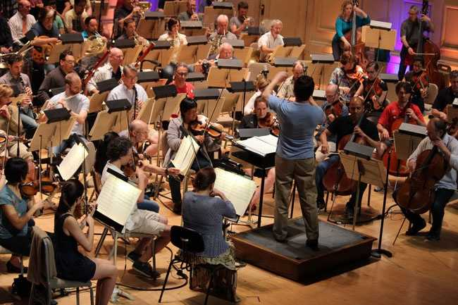 Get an inside look at what it is like to be on stage with the world-famous Boston Pops.
