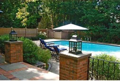 Located in Peirce School district and just minutes to major highways
