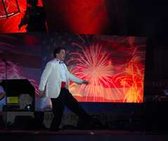 "Boston Pops conductor Keith Lockhart does the step to ""Shipping Up to Boston."""