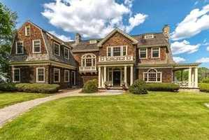 Breathtaking, young 5 Bedroom 5 ½ Bath Shingle-style Colonial nestled in the heart of Lexington's Munroe Hill.
