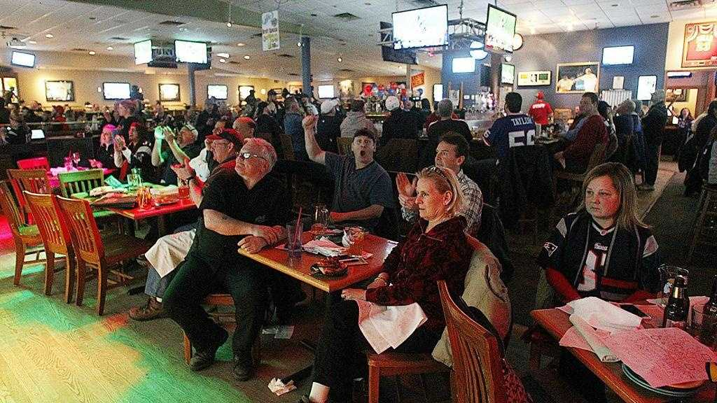 The main bar section of The Charlie Horse in West Bridgewater was packed in 2015 for the Patriots vs. Seahawks Super Bowl. On Sunday, the popular 25-year restaurant and function facility closed abruptly
