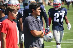 Former Patriots star Tedy Bruschi was on the sidelines during the joint practice Tuesday.