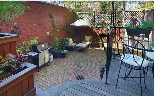 Garden and incredible roof terrace with automatically retractable skylight, panoramic views of the city and the Charles.