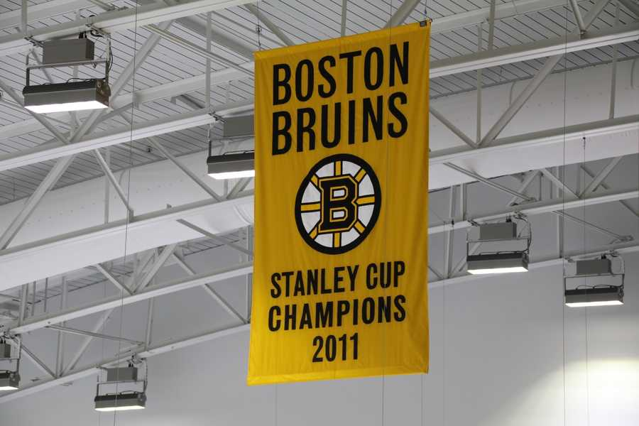When the Bruins aren't using the facility, it will be used forpublic skating and college, high school, youth or amateur hockey.