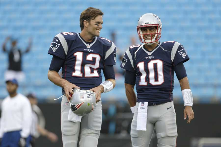 Garoppolo was 10 years old when Brady won his first Super BowlTom Brady won his first Super Bowl in 2002 when Adam Vinatieri kicked the game-winning field goal as the time expired. How old was Jimmy G? 10-years-old.