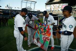As if a painting wasn't enough, the Mariners went quirky and gave Ortiz a Flava Flav clock to add to his bling collection.