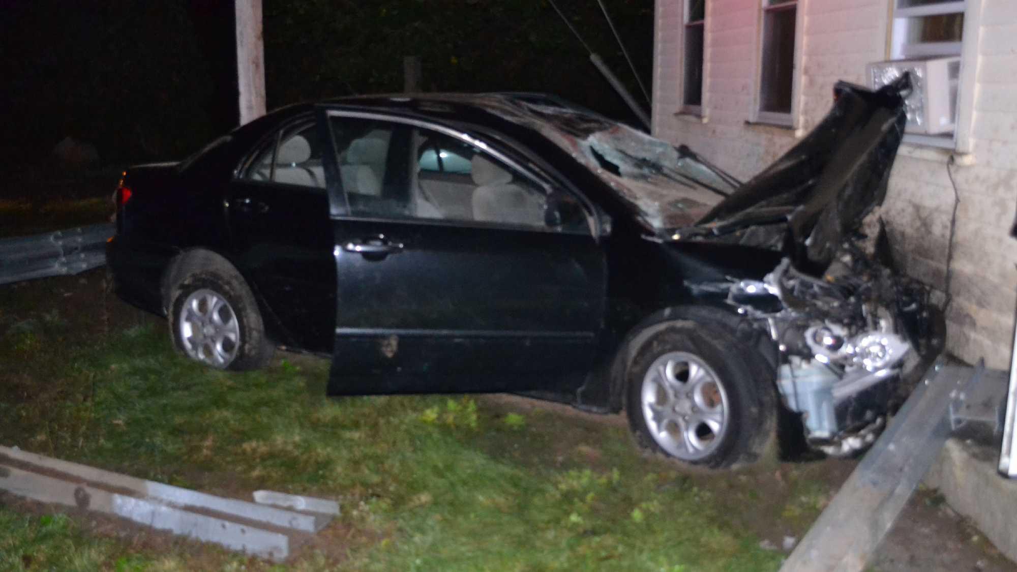 Dudley crash 10816