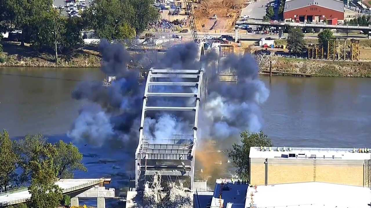 Arkansas Bridge Implosion 1011 (3).jpg