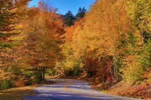 Many consider it one of the best fall foliage drives in the entire country.
