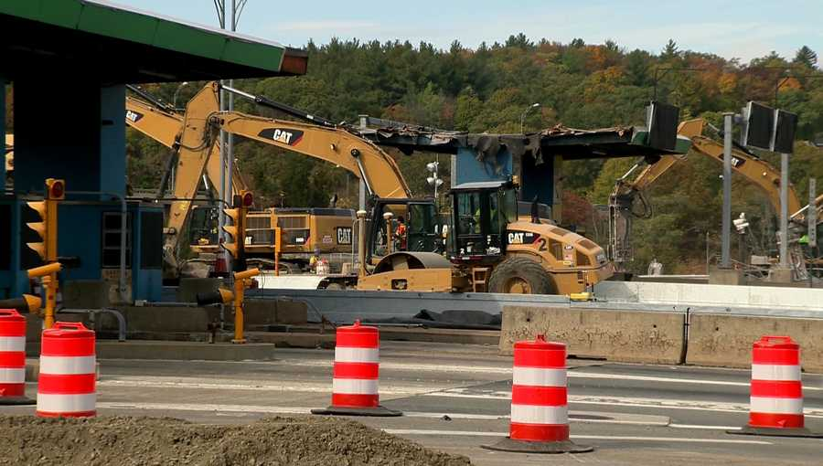 A new electronic toll system has eliminating the need for the toll plazas.