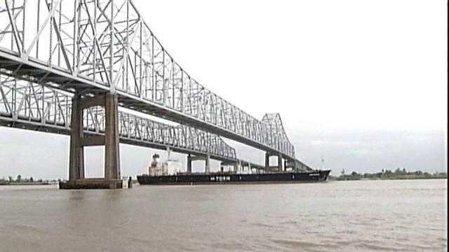 NEW ORLEANS NEWS: Mississippi River