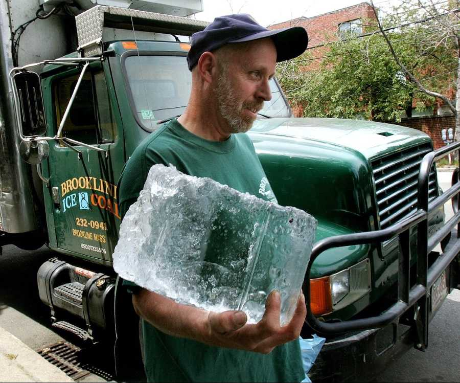 Ice chest and ice
