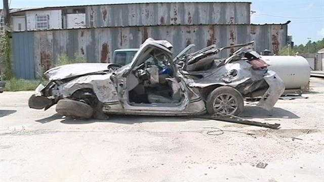 The crash on us 190 between Slidell and Lacombe kills a15 year also and sends another teenager to the hospital