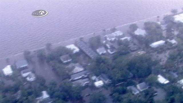 After Hurricane Isaac, Mandeville experiences flooding from Lake Pontchartrain