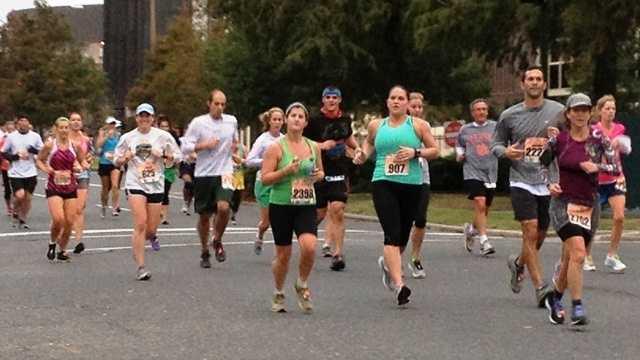 Runners take part in 2012 Jazz Half Marathon
